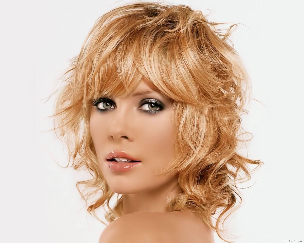 Прическа которая не требует укладки для тонких волос фото